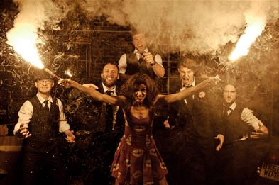 Molotov Jukebox with Huw Eddy & The Carnival