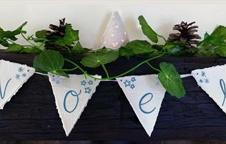 Christmas Workshop – Porcelain Festive Bunting
